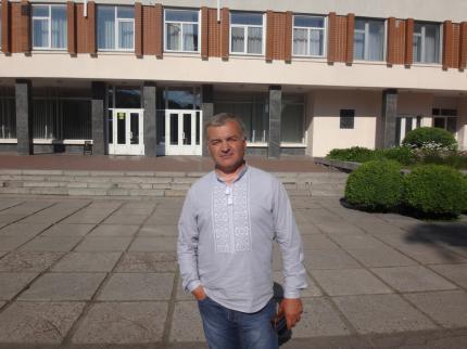 """На Черкащині показали майстер-клас з """"віджиму"""" землі"""